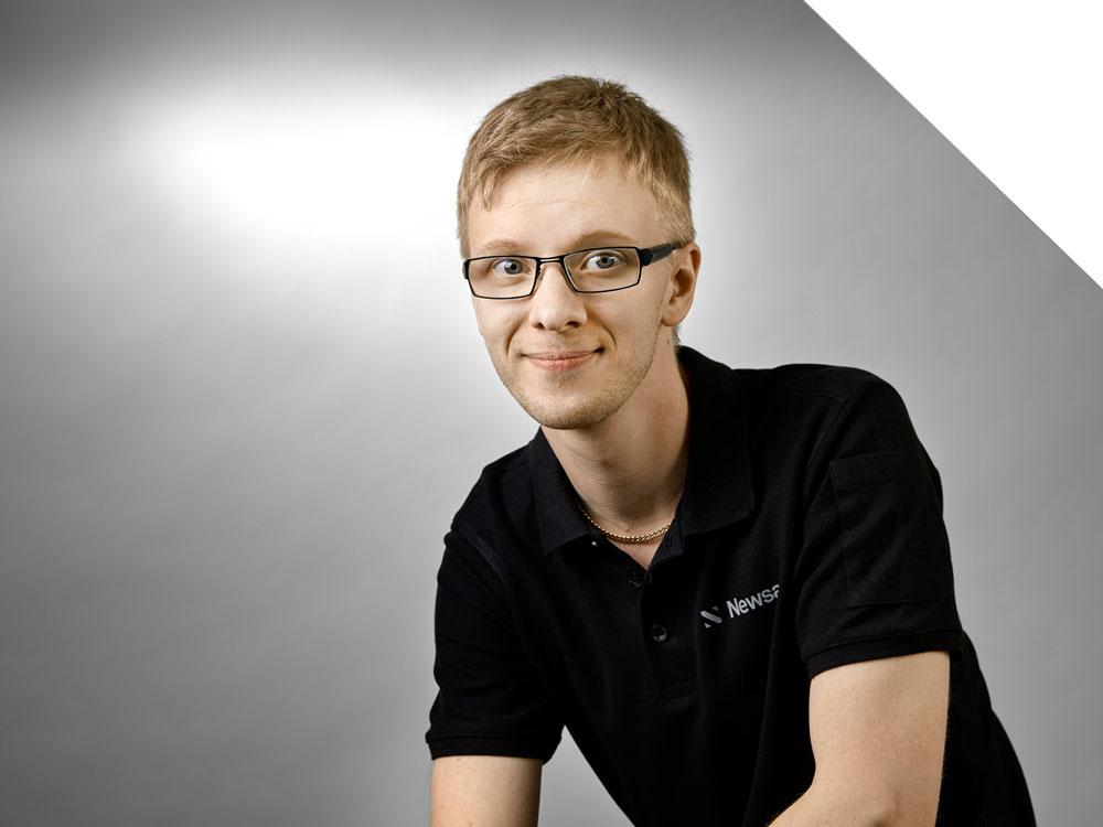 Simon Lindholm